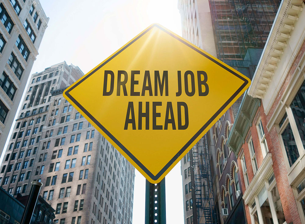 "Sign ""Dream Job Ahead"" indicating search for travel nursing or travel allied health jobs nationwide"